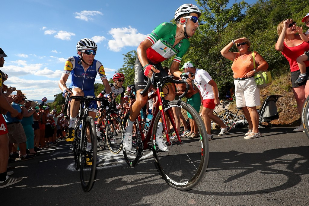 The general classification group mainly stayed together in the closing kilometres ©Getty Images