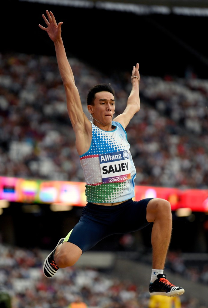 Uzbekistan's Doniyor Saliev won the men's long jump T12 final with an area record of 7.18m ©Getty Images