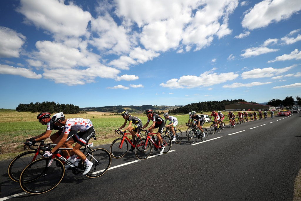 A large breakaway group escaped early on the stage ©Getty Images