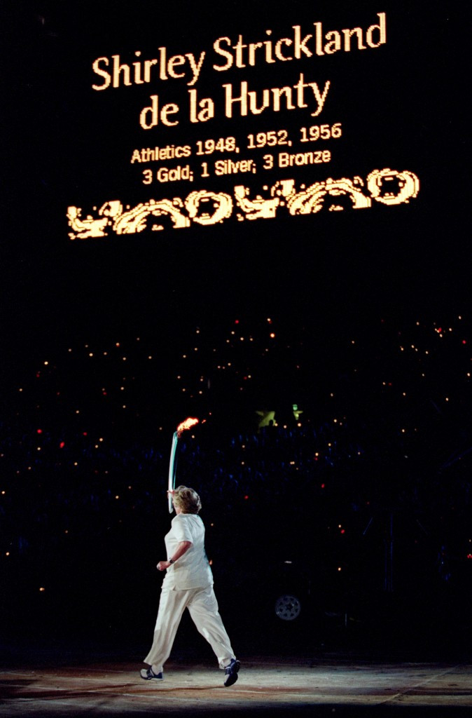 Shirley Strickland de la Hunty carried the Olympic Torch during the Opening Ceremony of the Sydney 2000 Olympic Games