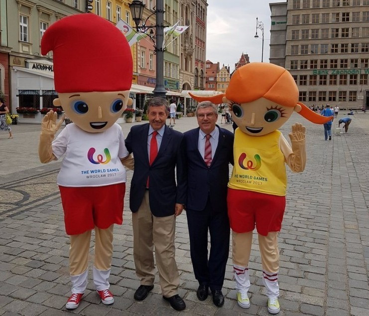 Bach promises IOC are watching World Games closely