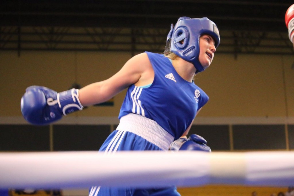 Women's boxing made its first Commonwealth Youth Games debut today ©Twitter
