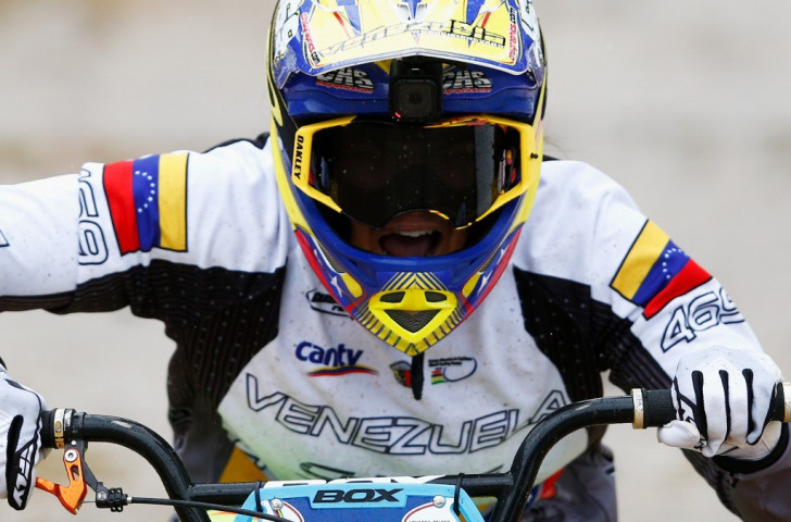 Venezuela's Stefany Hernández won the elite women's crown