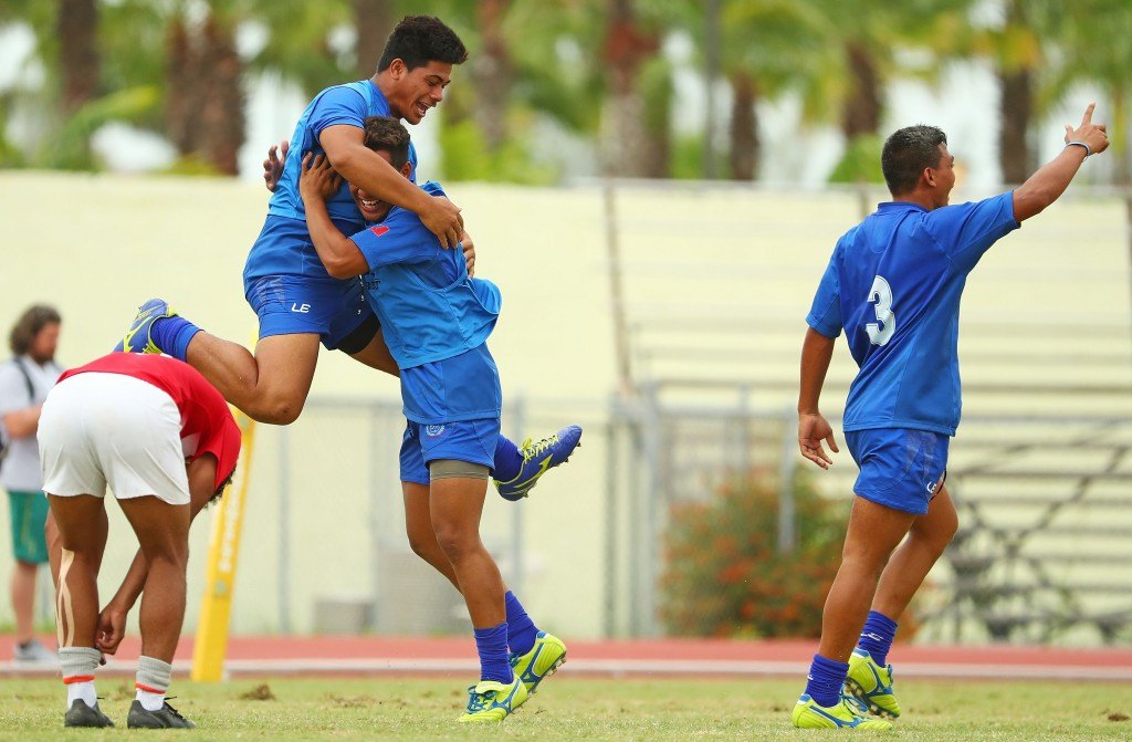 Samoa outfought England to clinch the gold medal in the boys event ©Getty Images