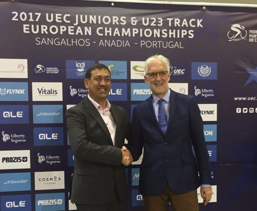 Portuguese Cycling Federation President Delmino Pereira met with Brian Cookson at the Championships ©Brian Cookson