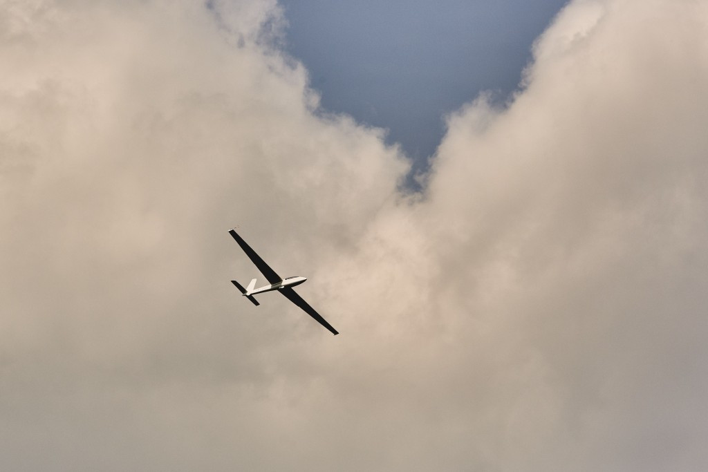Hungary's Ference Toth claimed the glider acrobatics title today ©IWGA