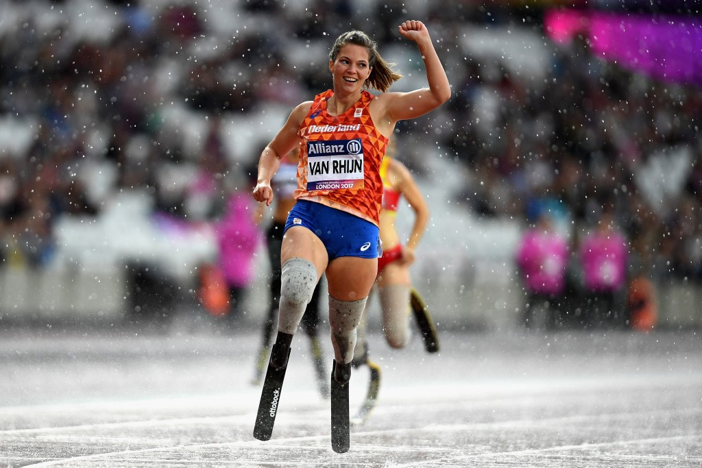The Netherlands' Marlou van Rhijn secured her third consecutive women's 200m T44 world title amid a heavy downpour of rain ©Getty Images