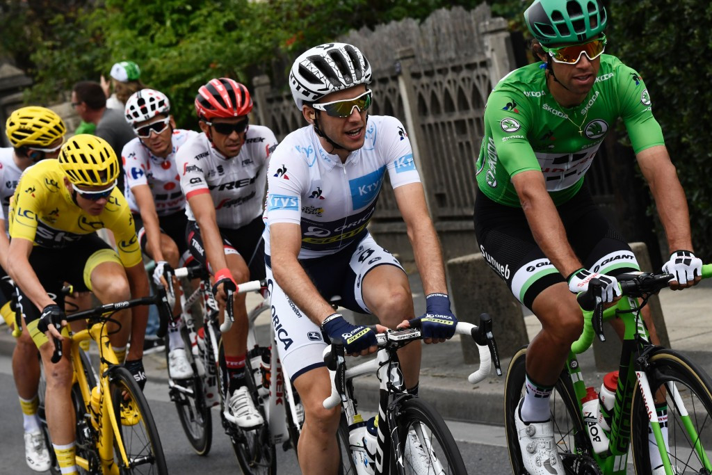 Simon Yates, centre, claimed the young rider clarification's white jersey ©Getty Images