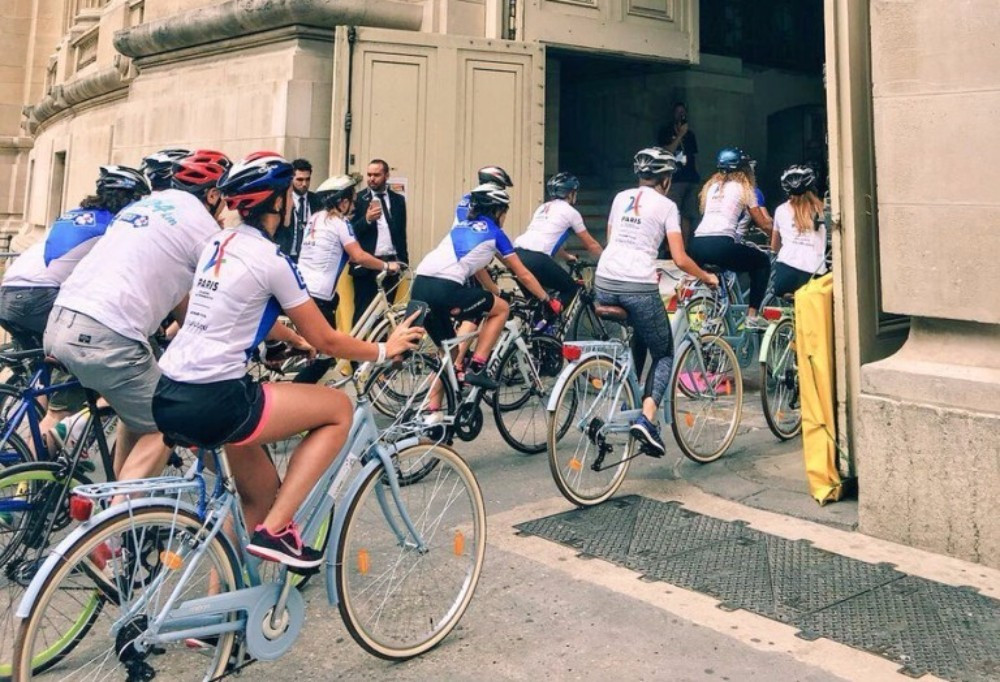 A women's event, featuring 2,024 riders, took place prior to the final stage of the Tour de France ©Paris 2024