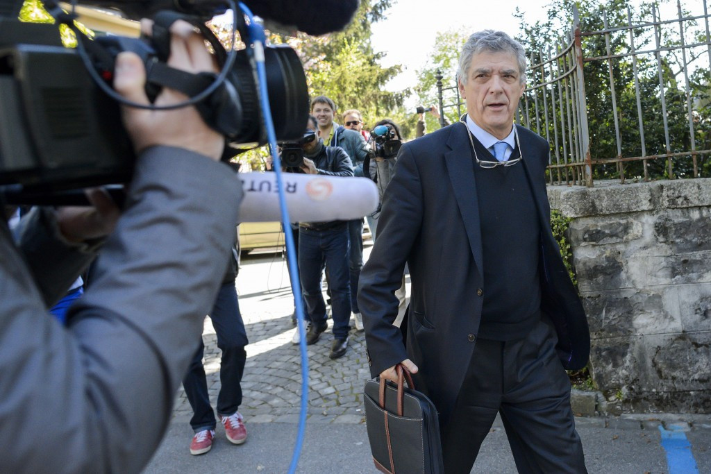 Villar resigns from FIFA and UEFA roles following arrest