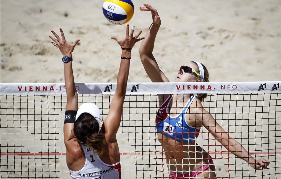 American duo make winning start at FIVB Beach Volleyball World Championships