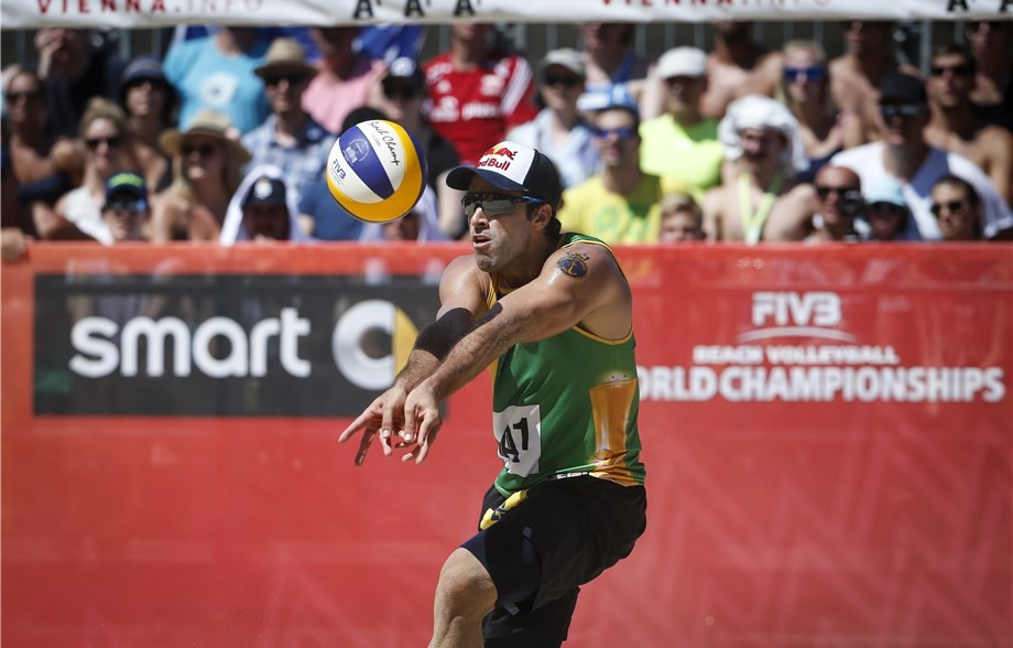 Defending champions start with win at FIVB Beach Volleyball World Championships