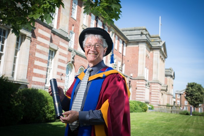 Former Inas President awarded honorary doctorate