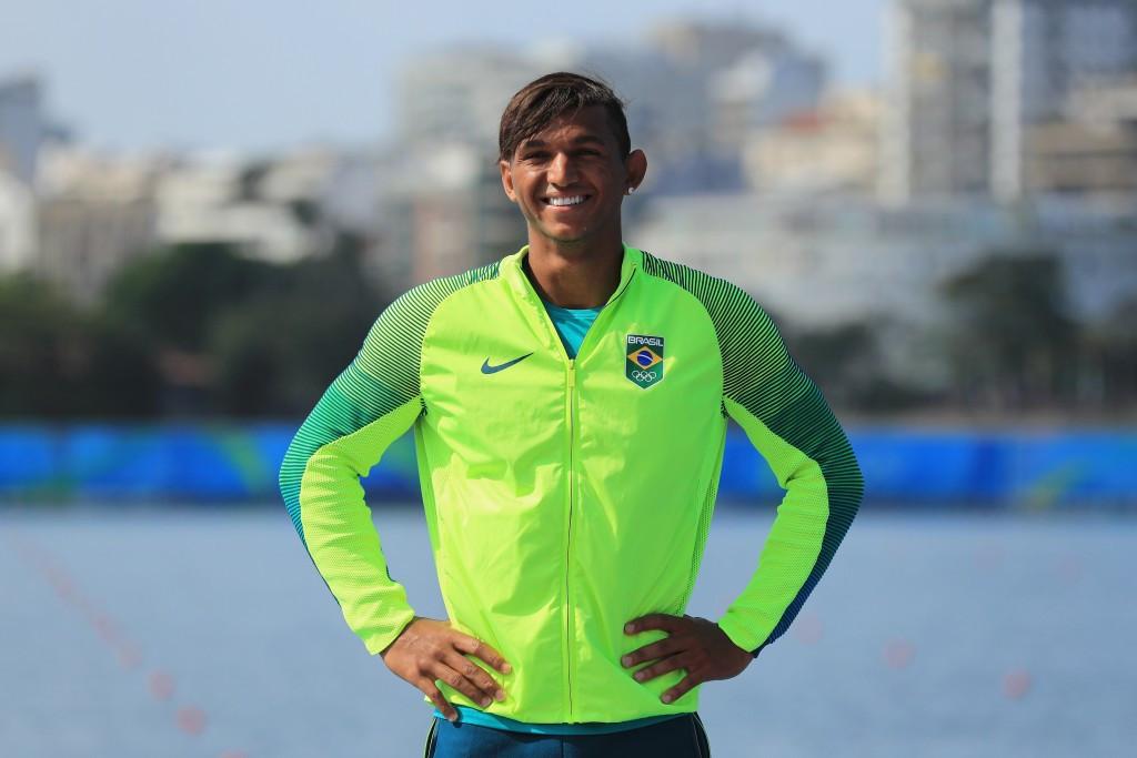 Queiroz Dos Santos battles to ICF Sprint Under-23 and Junior World Championships gold