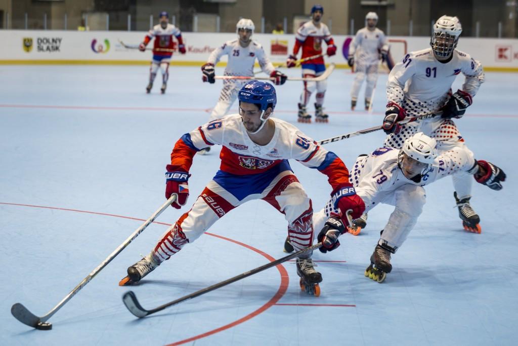 The Czech Republic beat France 5-1 to win inline hockey gold ©IWGA