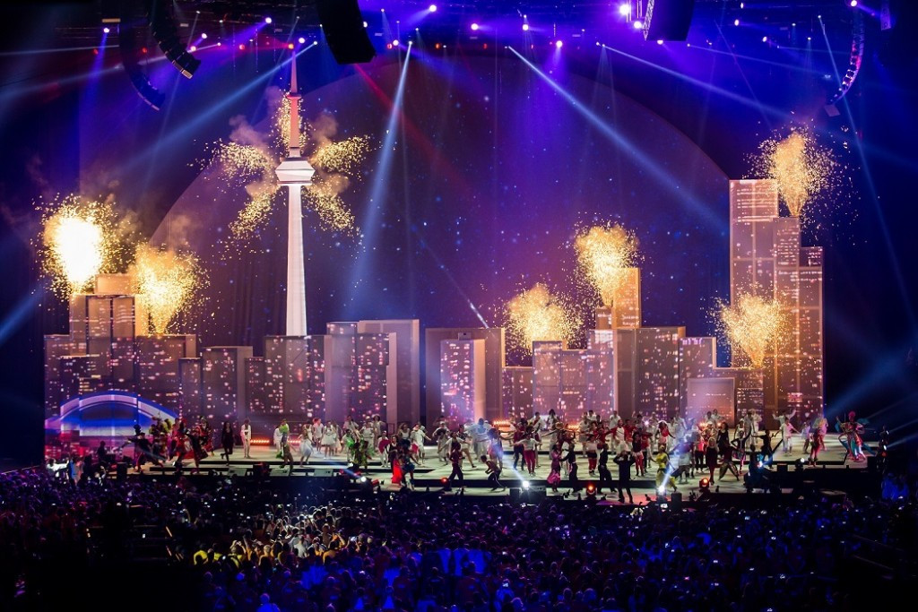 The city of Toronto was depicted during the Pan-American Games Closing Ceremony ©FiveCurrents