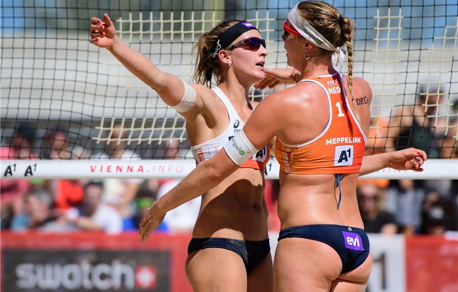 Third seeds suffer surprise defeat at FIVB Beach Volleyball World Championships
