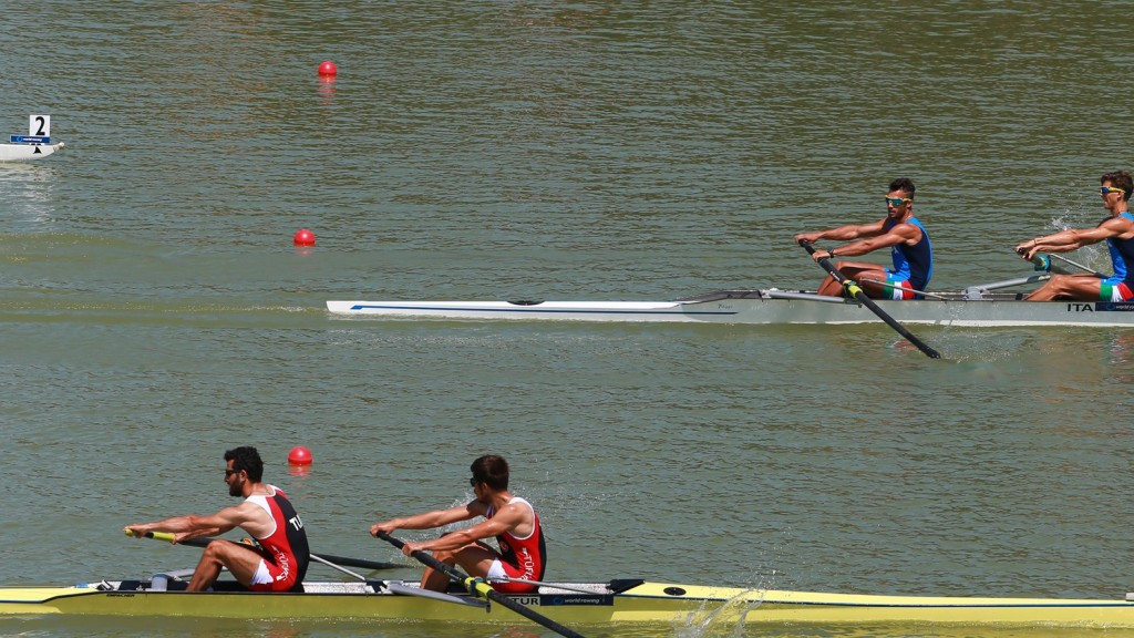 Italy rule World Rowing Under-23 Championships, but Kiwis McBride and Kiddle produce stand-out performance