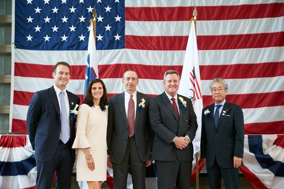 Tokyo American Club Olympic committee chair Dean Rogers, USOC chief marketing officer Lisa Baird, Tokyo American Club President Mike Alfant, USOC chief executive Scott Blackmun and Japanese Olympic Committee President Tsunekazu Takeda all took part in the launch ©Tokyo American Club