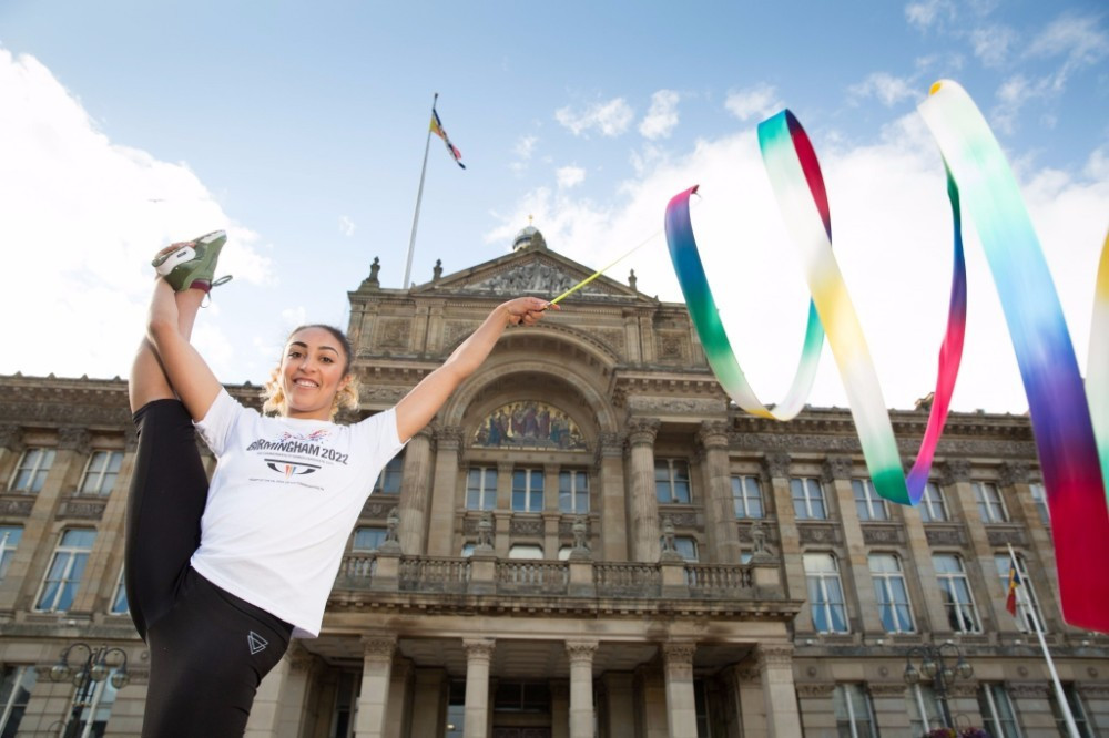 The athletes visited several major landmarks in the city to promote the bid ©Birmingham 2022