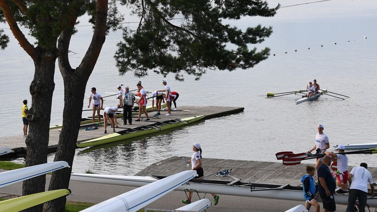 American Dean makes impressive start at 2017 World Rowing Junior Championships