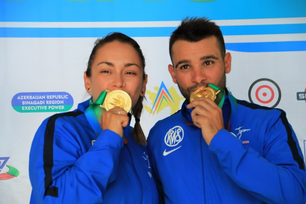France's Anthony Terras and Lucie Anastassiou claimed the mixed team skeet title on the penultimate day of action at the European Shooting Championships in Baku ©European Shooting Confederation