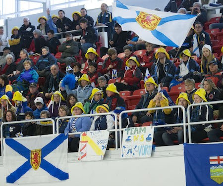 Nova Scotia fans at the Canadian Junior Championships in 2014 ©Curling Canada