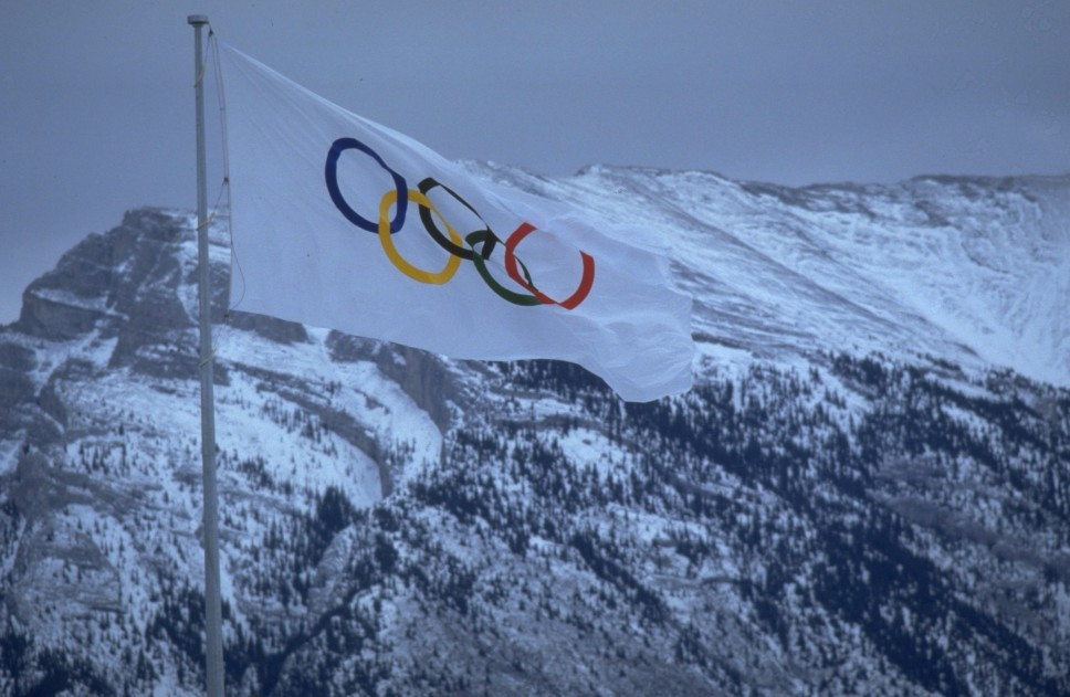 Calgary councillors vote to keep 2026 Winter Olympics project alive