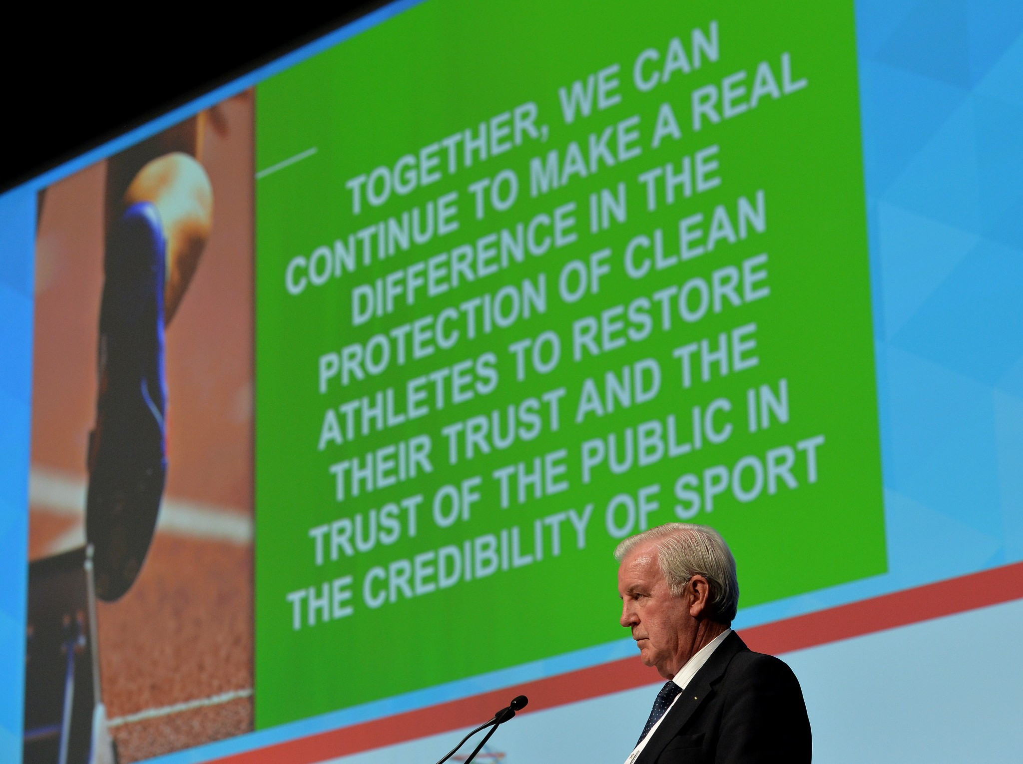 WADA President Sir Craig Reedie has claimed talks with Russia are continuing ©Getty Images