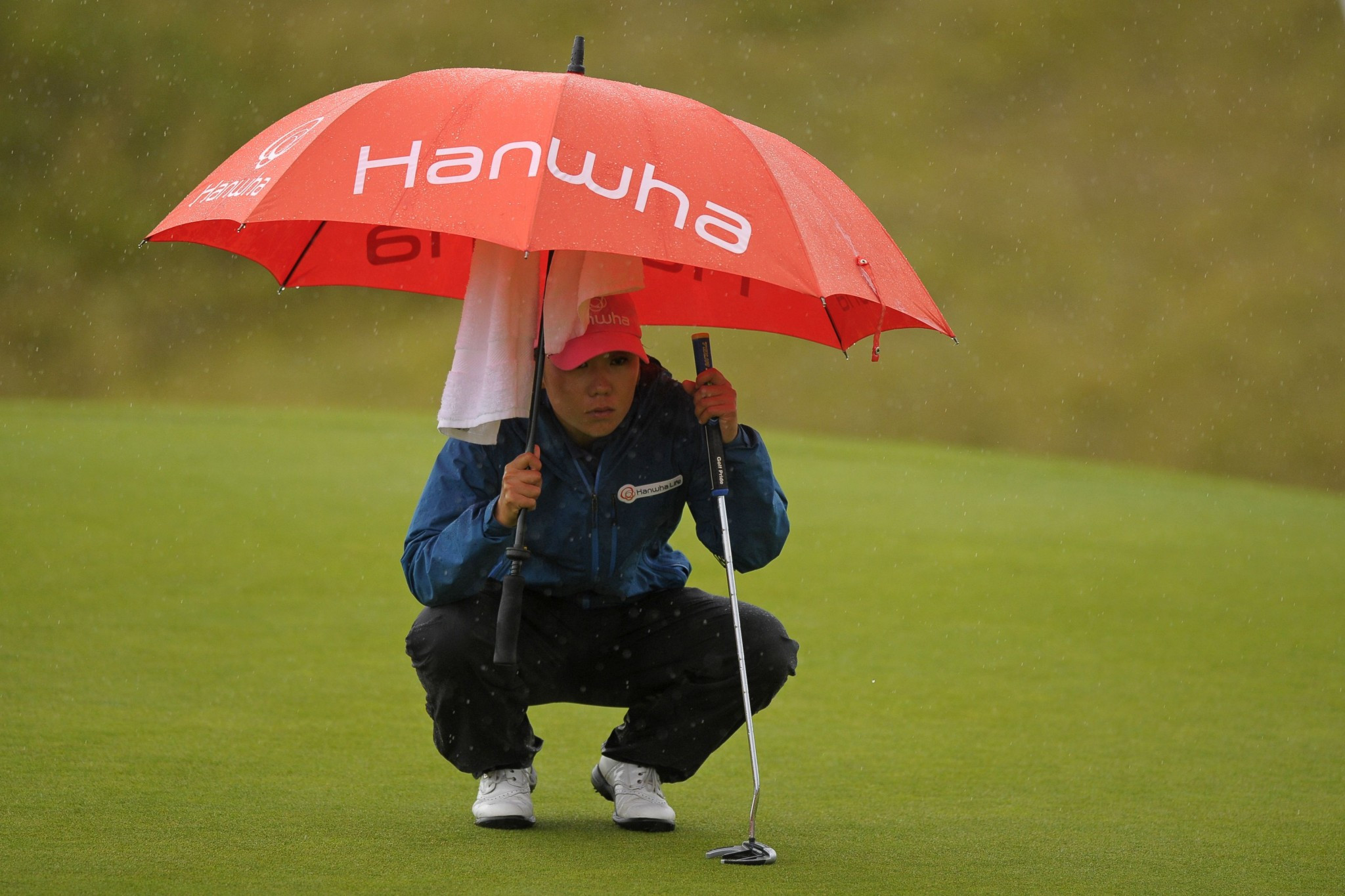 Kim takes charge at Women's British Open