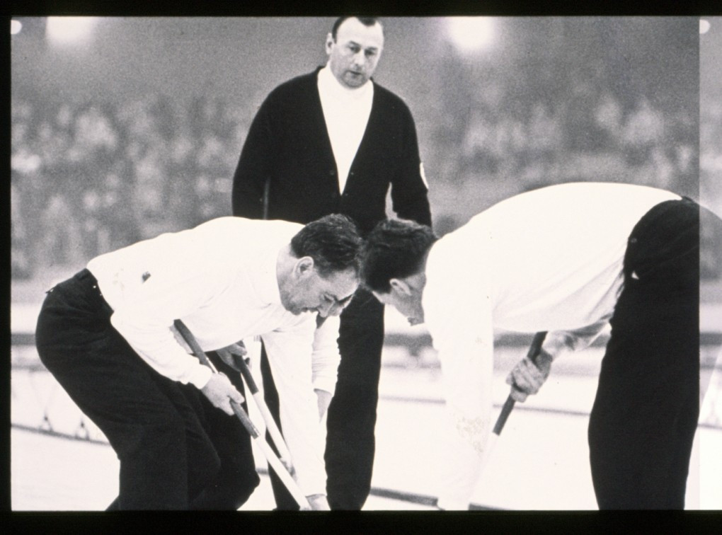 Tributes paid to World Curling Hall of Fame member Hay