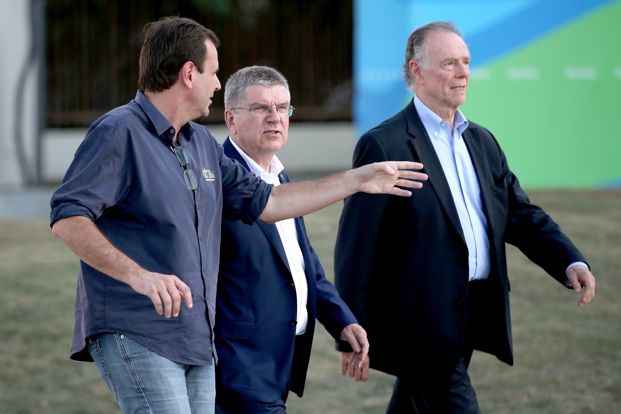 Former Rio de Janeiro Mayor Eduardo Paes, left, alongside IOC President Thomas Bach, centre, and Rio 2016 chief Carlos Nuzman, right, is among officials linked to corruption related to the Olympics ©Getty Images