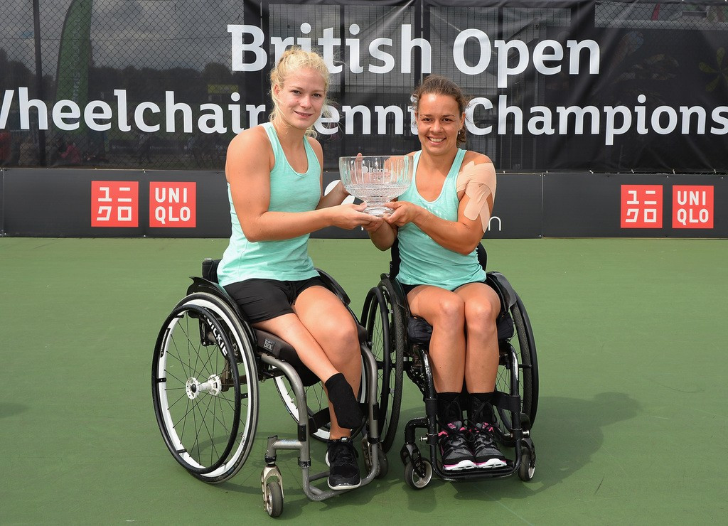 Marjolein Buis and Diede De Groot won the women's doubles crown ©Tennis Foundation