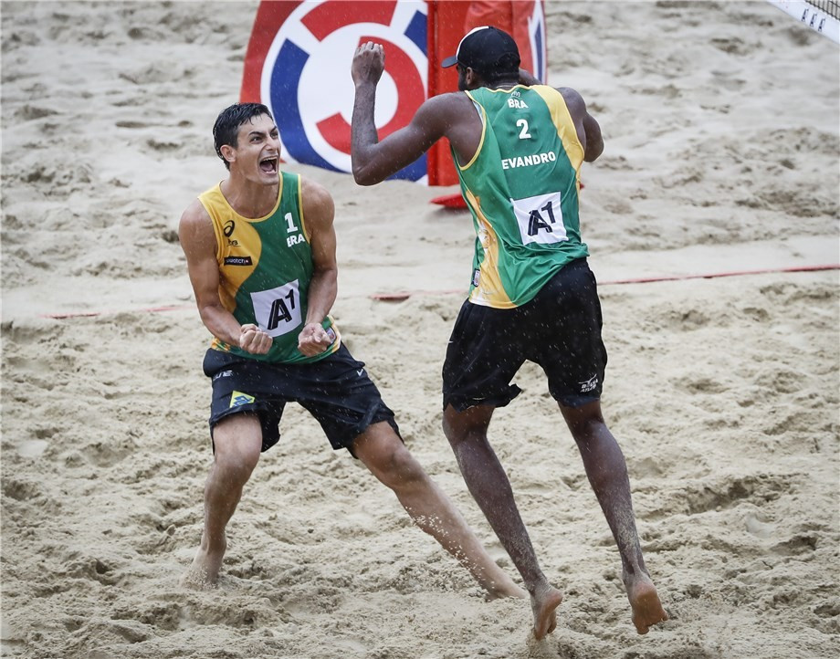 Brazilian duo spoil Austrian party to clinch men's title at Beach Volleyball World Championships