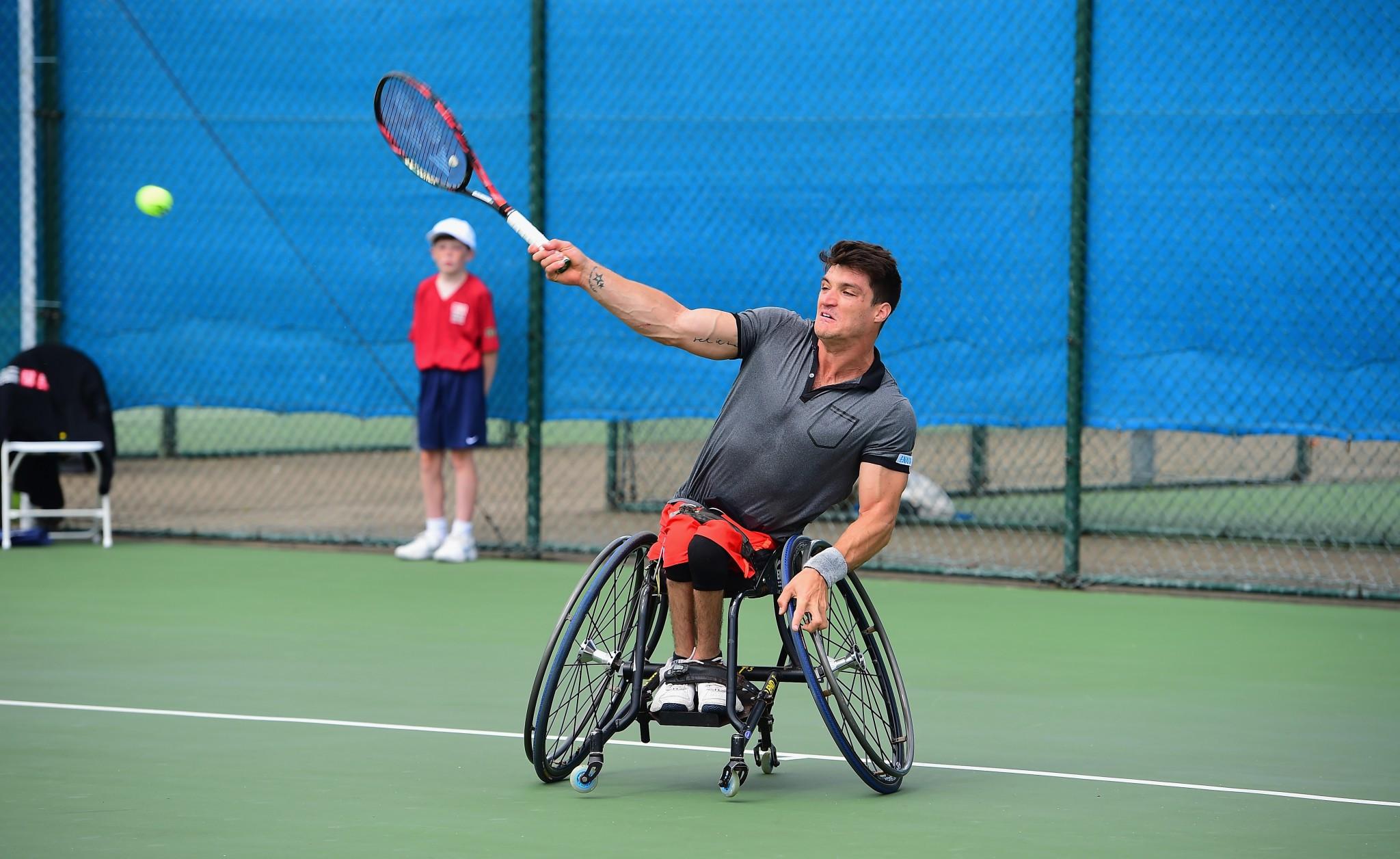Fernandez defeats Hewett to claim British Open Wheelchair Tennis Championships title