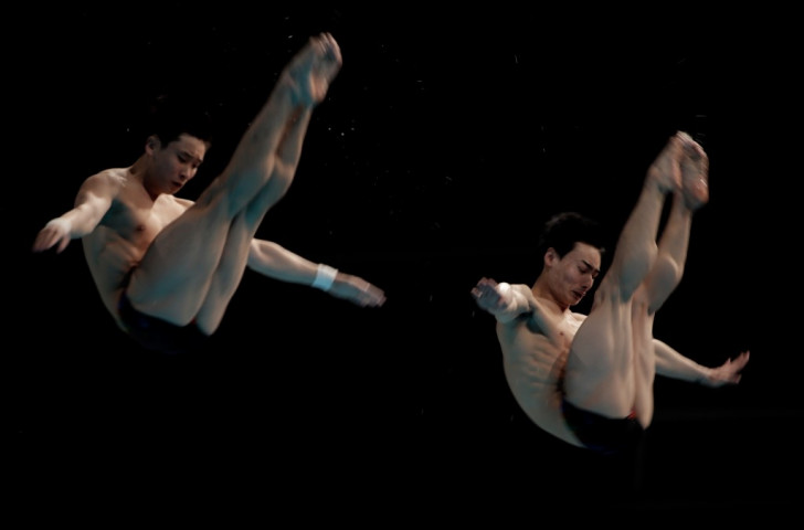 China's Yuan Cao and Kai Qin claimed the men's 3m synchronised springboard title