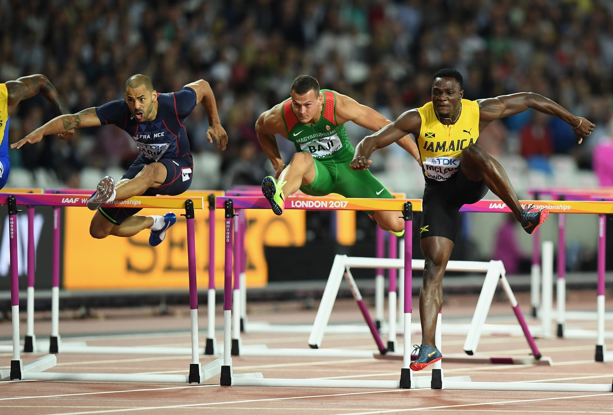 McLeod and Kipyegon add IAAF World Championship gold to Olympic titles