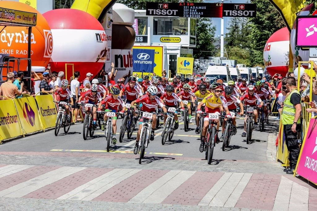 A Mini Tour of Poland, a children's race, took place alongside the elite event ©Brian Cookson