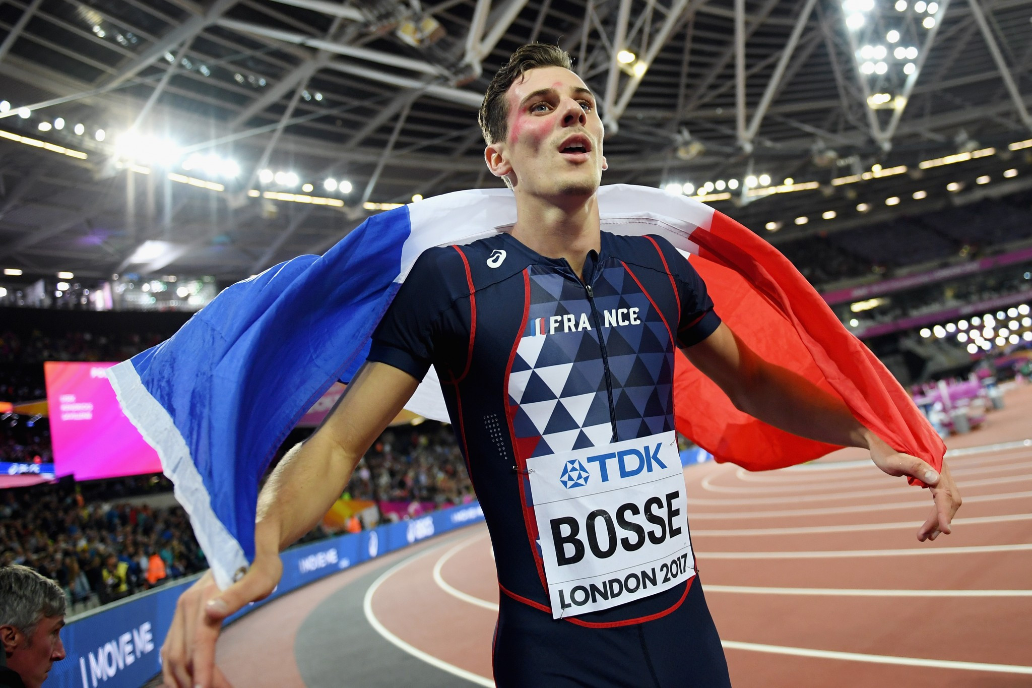 Bosse produces 800m shock as van Niekerk bosses over one lap at IAAF World Championships