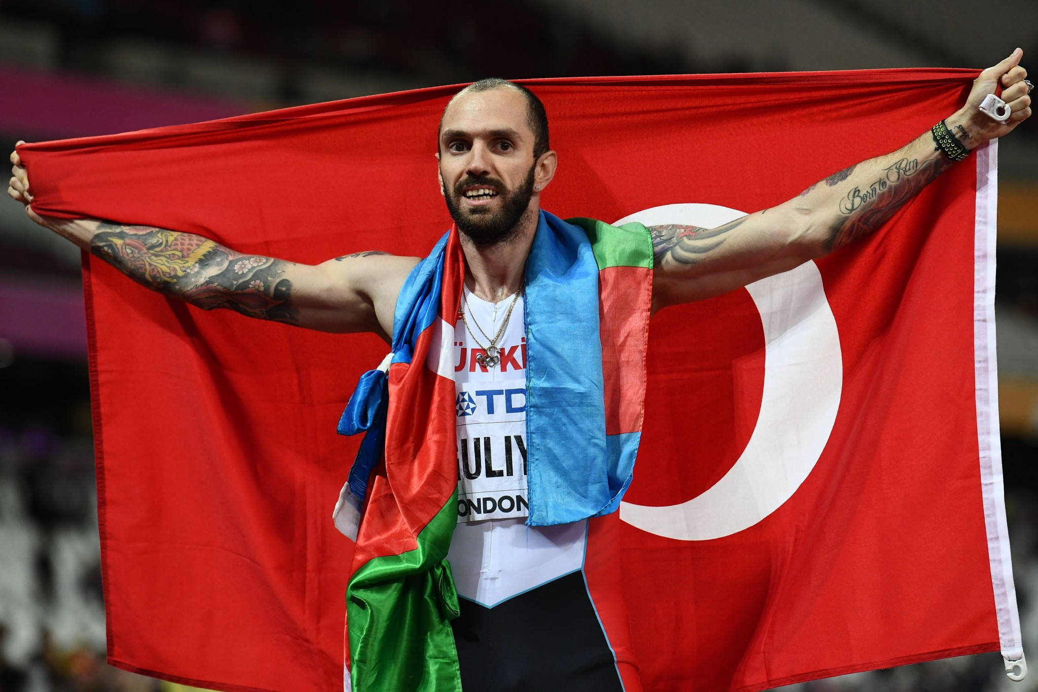 Azerbaijani-born Turkish athlete Ramil Guliyev upstaged the eagerly-anticipated battle between South African Wayde van Niekerk and Isaac Makwala as he sprinted to a shock 200 metres victory ©Getty Images