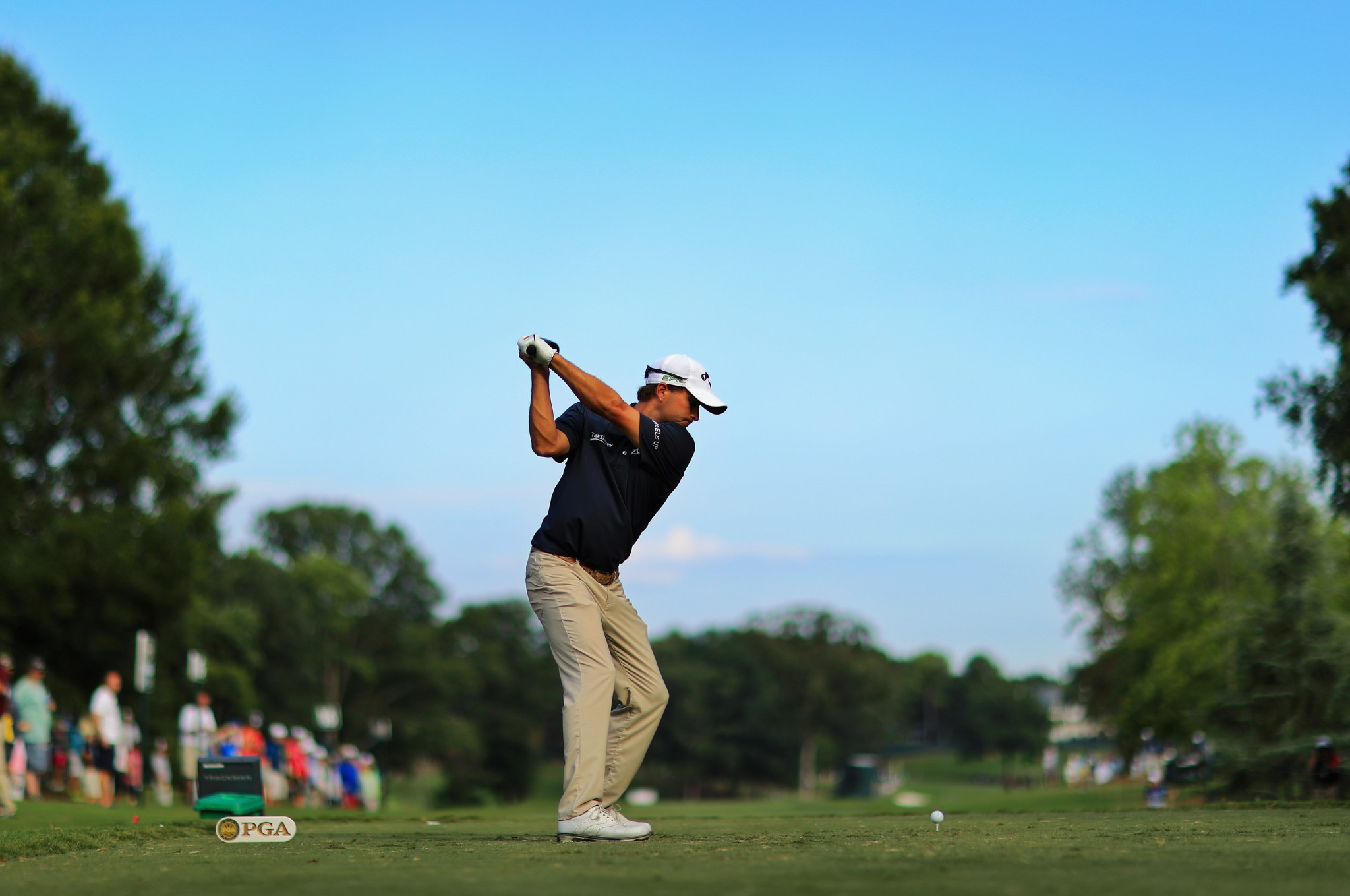 America's Kevin Kisner carded a round of 67 to jump into a share of first place ©Getty Images