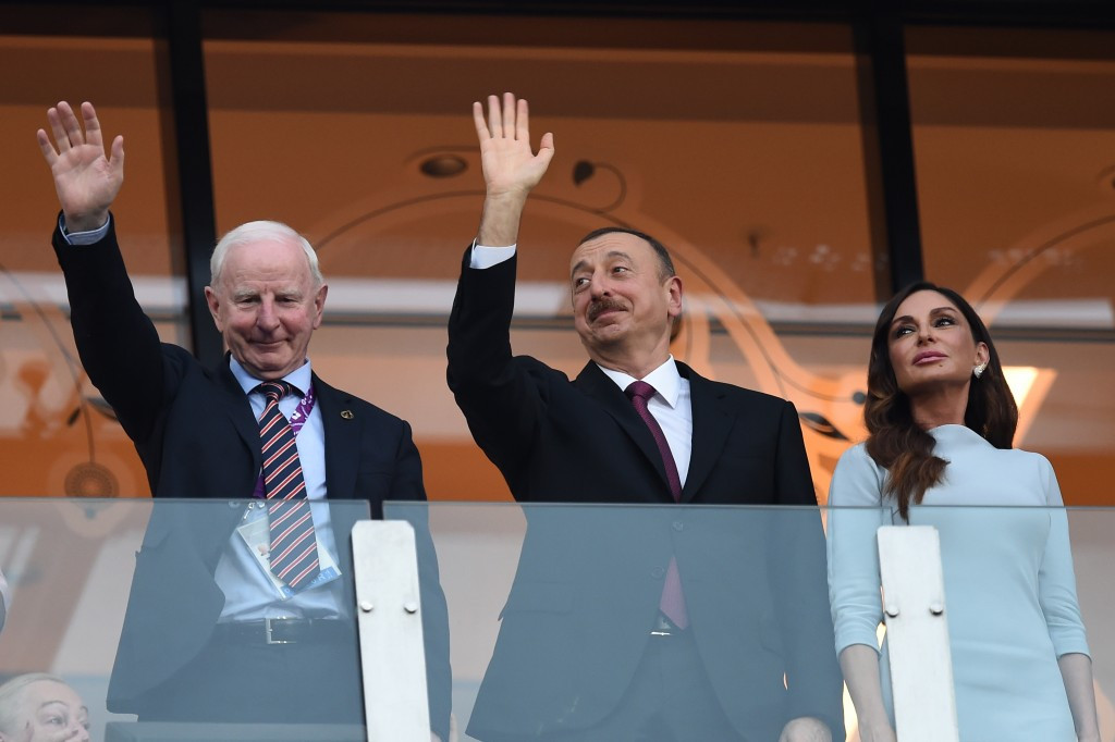 Patrick Hickey (left) alongside Azerbaijan President Ilham Aliyev and First Lady Mehriban Aliyeva ©Getty Images
