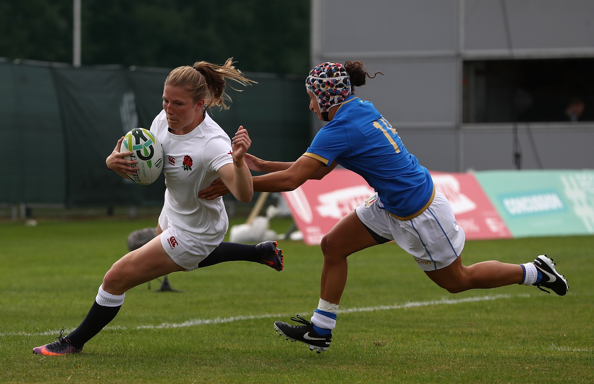 Holders England prove too strong for Italy at Women's Rugby World Cup
