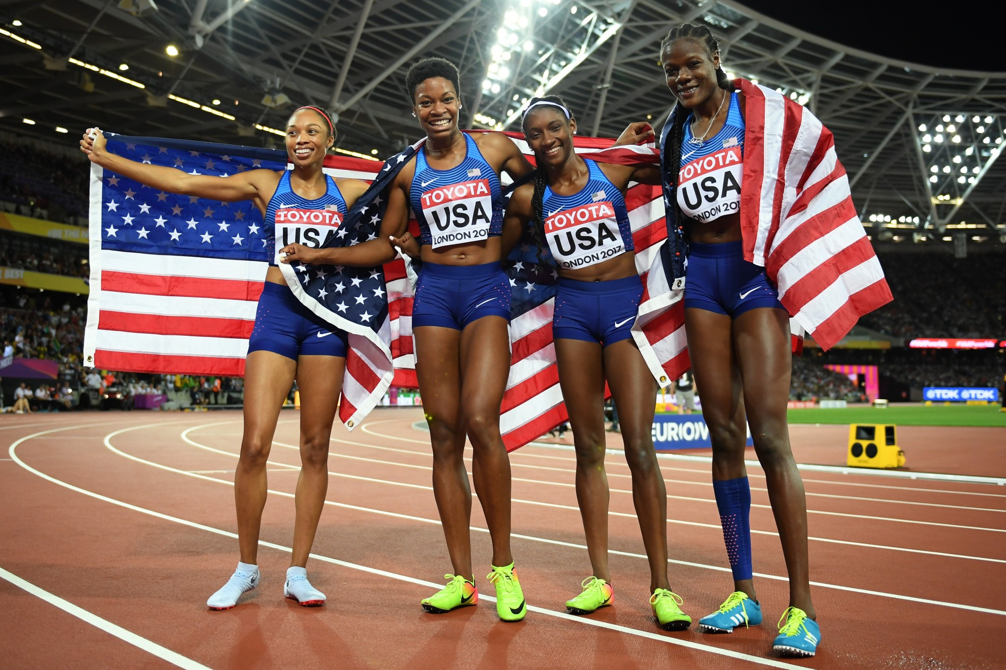 The United States celebrate women's 4x400m relay success ©Getty Images