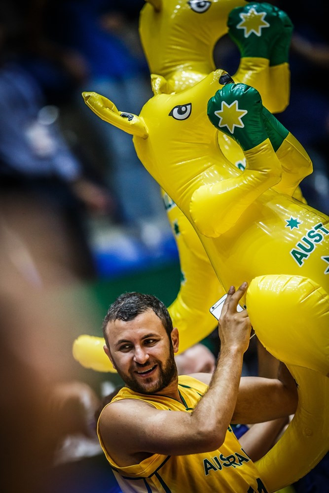 Australia swept through to the final of the FIBA Asia Cup with victory over New Zealand in Lebanon ©FIBA