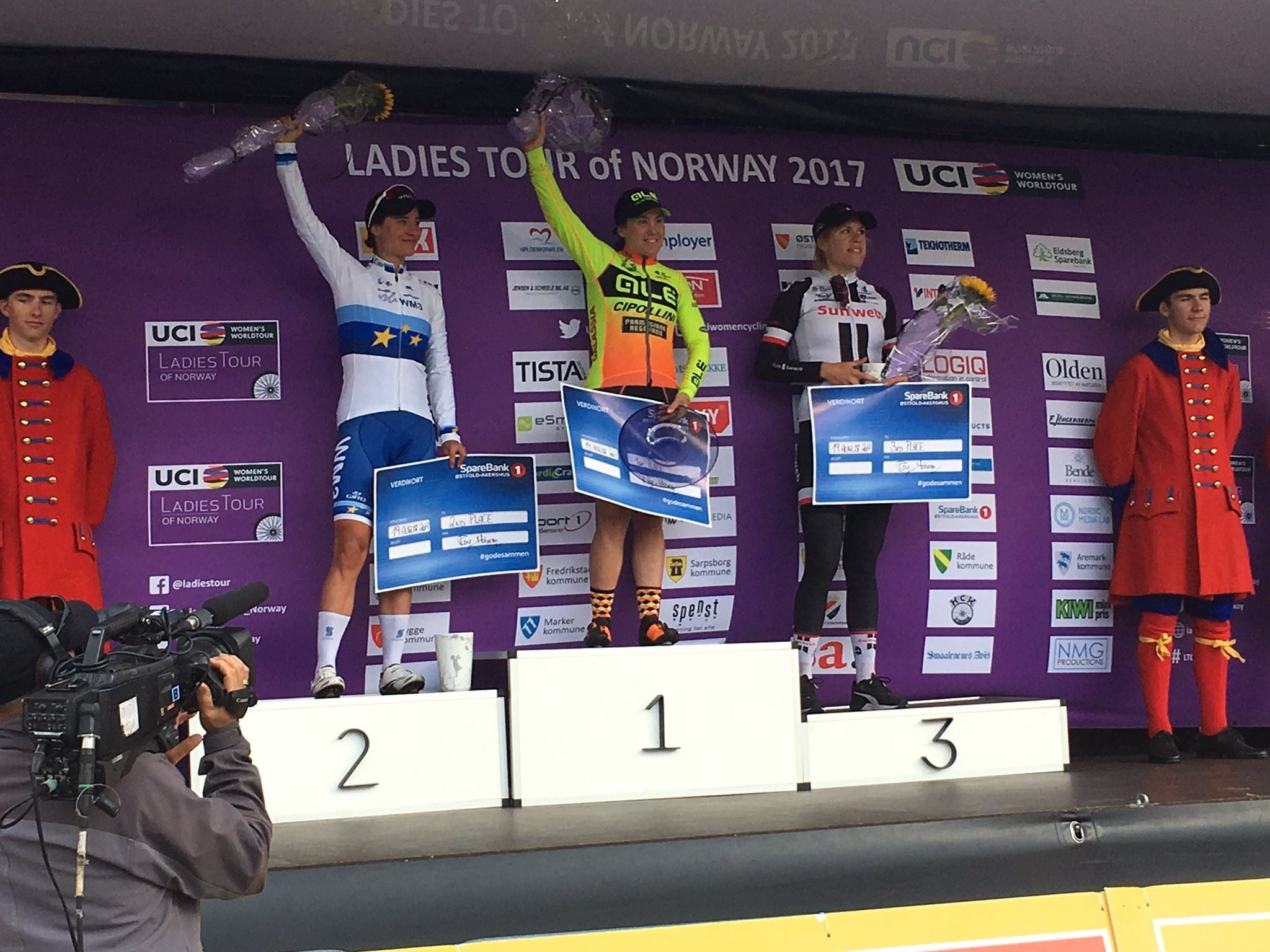 Chloe Hosking topped the stage podium today after a bridge caused drama ©Ladies Tour of Norway/Twitter
