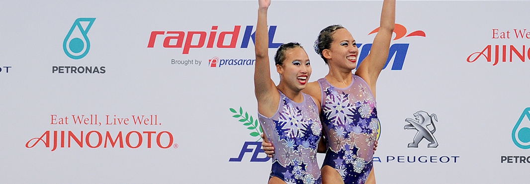 Gan Hua Wei and Zylane Lee Yhing Huey scored 76.3000 points to earn Malaysia the gold medal in the synchronised swimming duet free routine event ©Kuala Lumpur