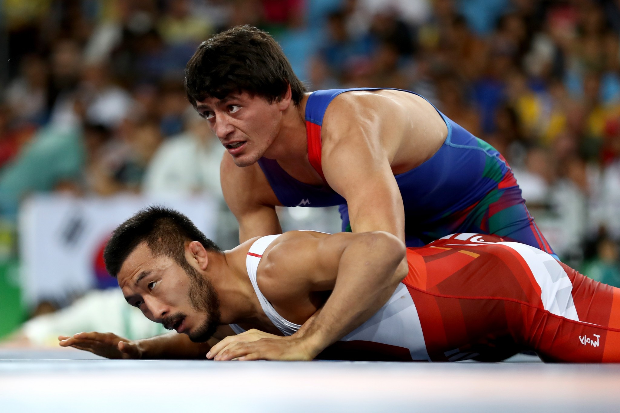 Olympic medallists top bill in Paris on opening day of UWW World Championships