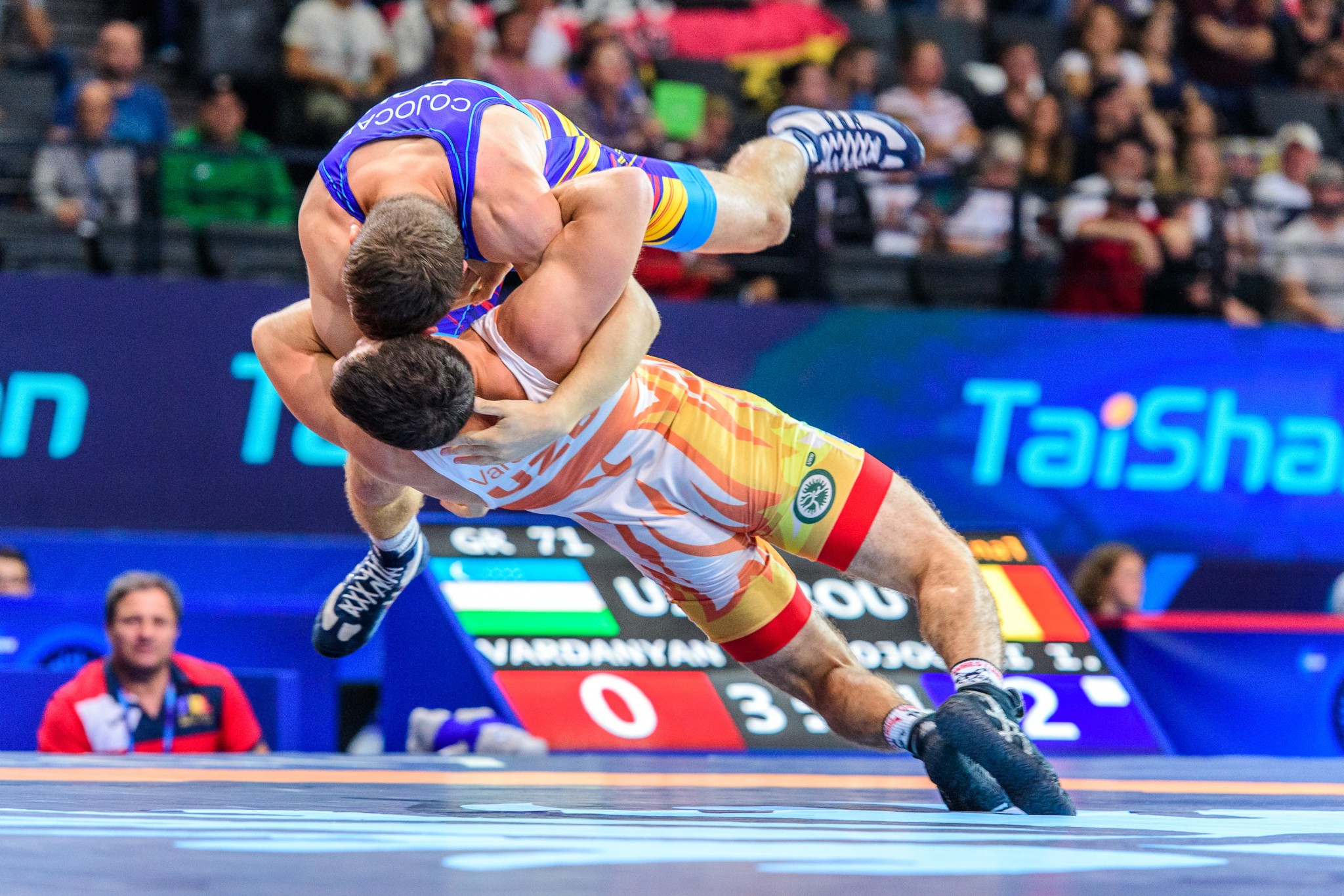 UWW Wrestling World Championships 2017: Day one of competition