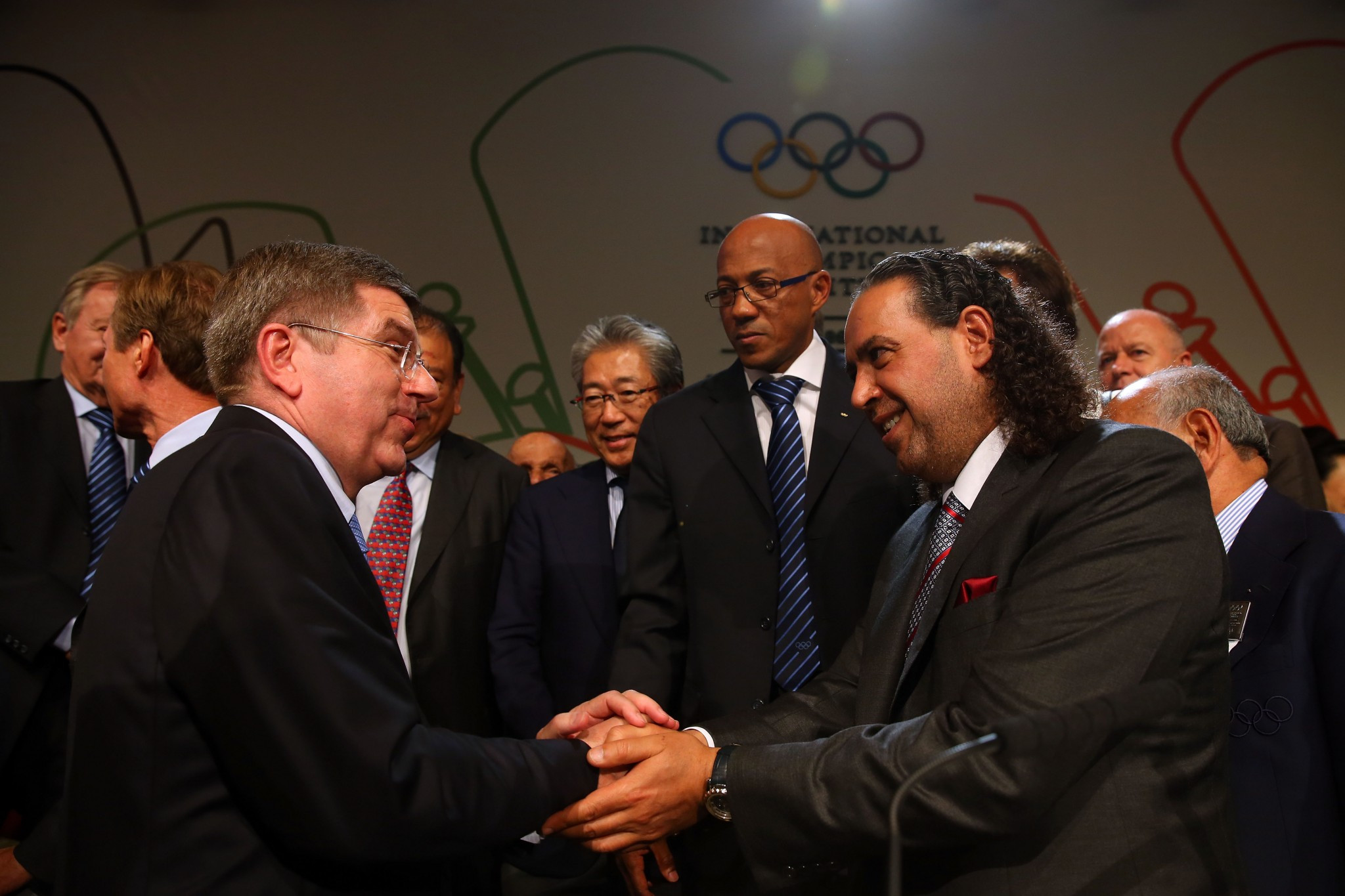 Sheikh Ahmad Al-Fahad Al-Sabah, right, was the key backer of Thomas Bach at the IOC Session in Buenos Aires ©Getty Images